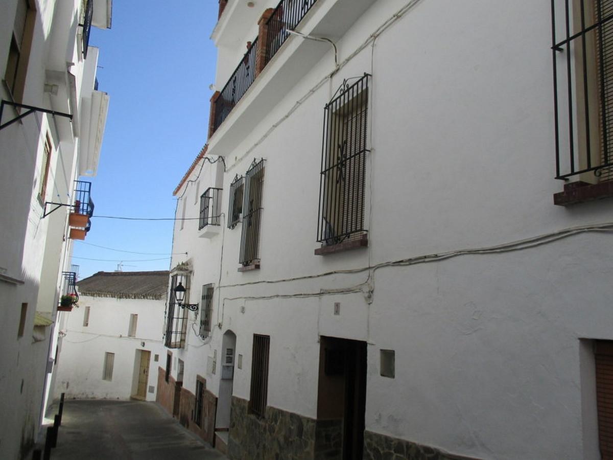 Town house for sale in Casarabonela - Costa del Sol