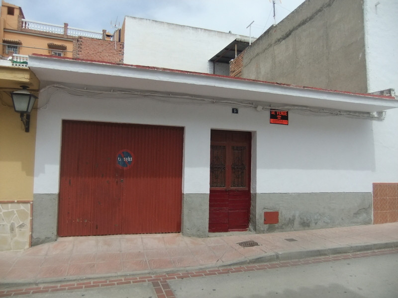 Town house for sale in Pizarra - Costa del Sol