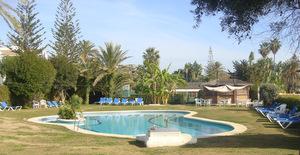 La piscina de la Taberna del Alarbadero