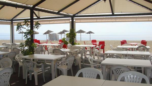 Restaurant sur  la  plage Sabinillas